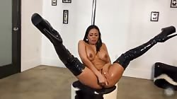 Luna Star Squirts on Onlyfans